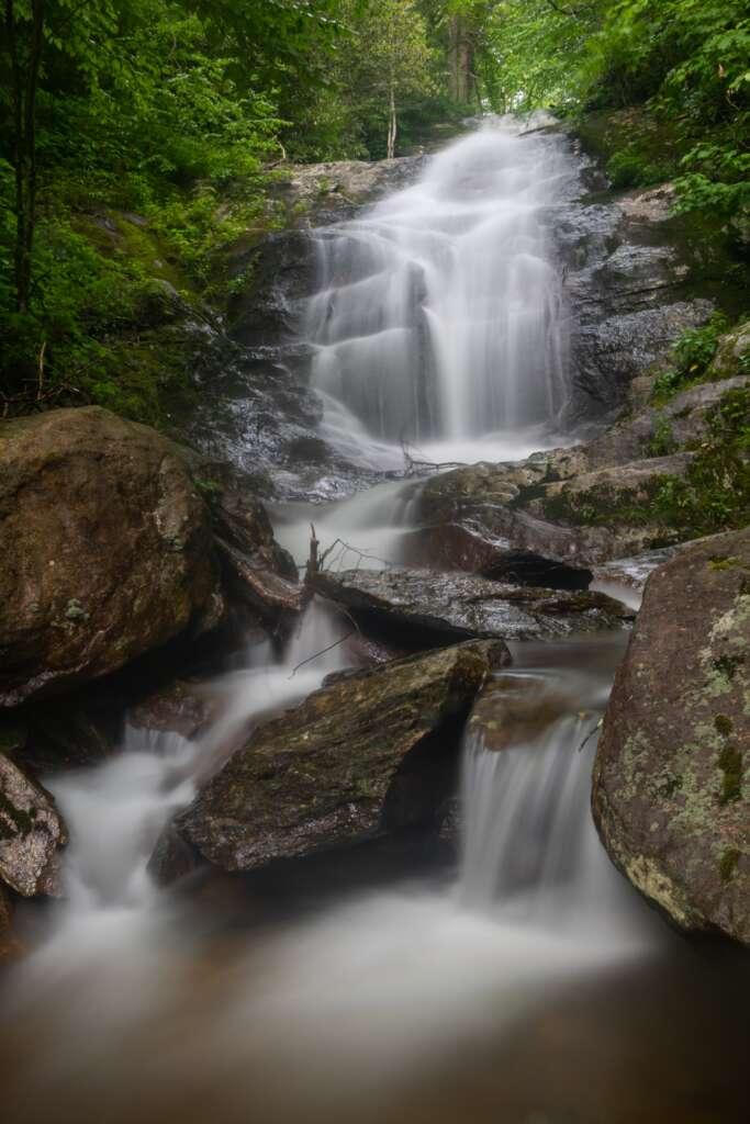 Walkder Falls