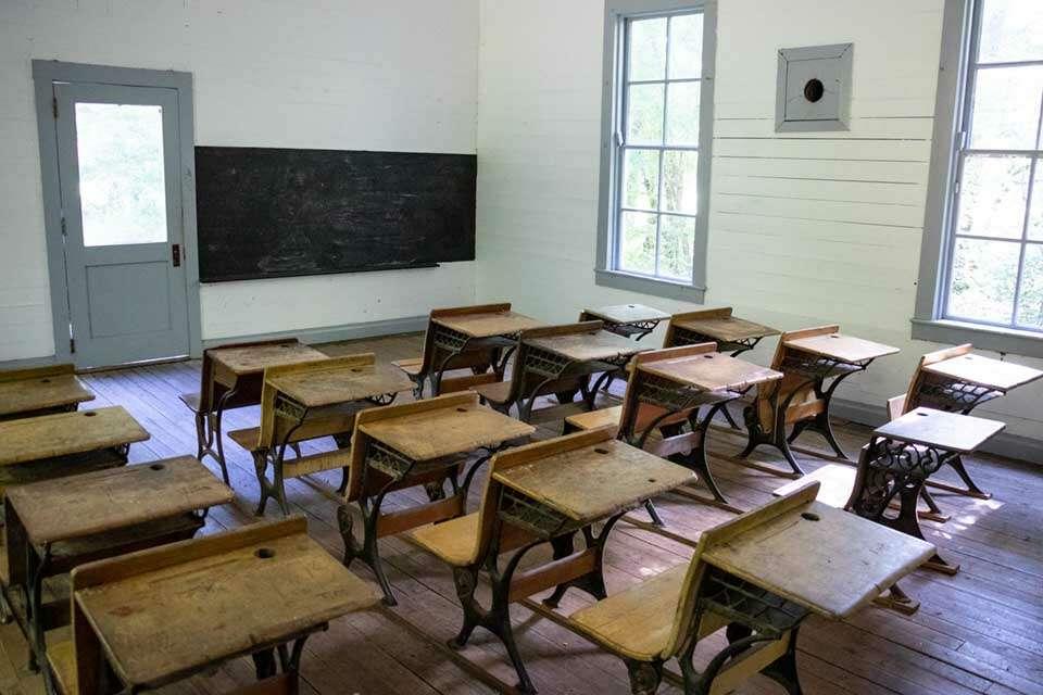Beech Grove School Desks