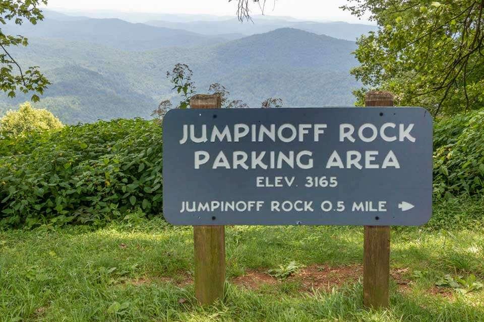 Jumpinoff Rock Road Sign